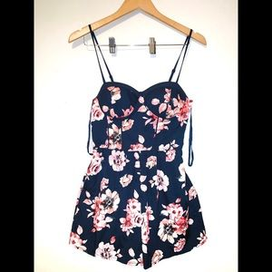 NWT Band of Gypsies Floral Bustier Romper Sz S